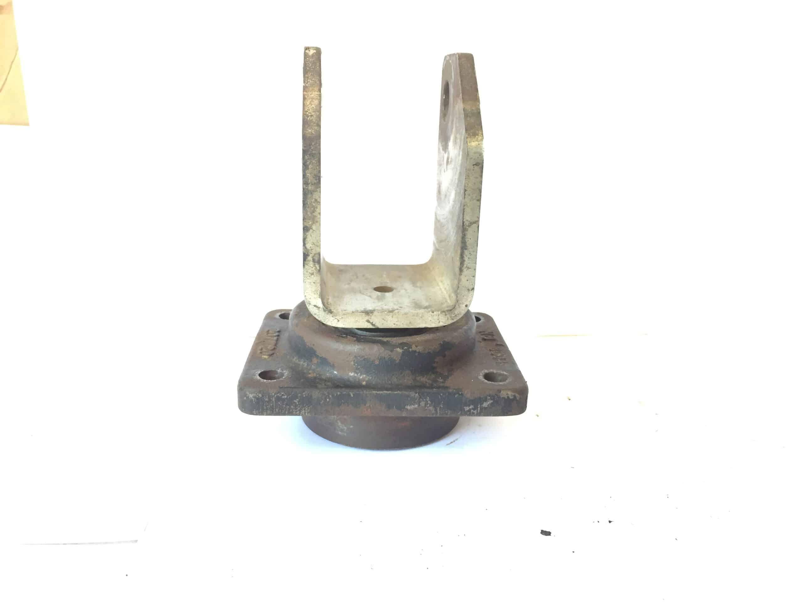 | Castor Wheel Bracket | Fazl-e-Rasheed and Company October 2021